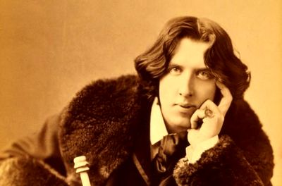 Oscar Wilde's plays translated into Persian
