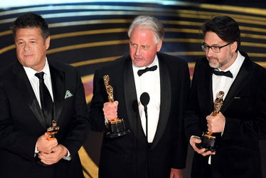 tim_cavagin_paul_massey_and_john_casali_bohemian_rhapsody-accept_the_sound_mixing_award_for_bohemian_rhapsody_-oscars_2019-getty-h_2019_