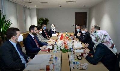 Iranian, Turkish media officials meet in Ankara