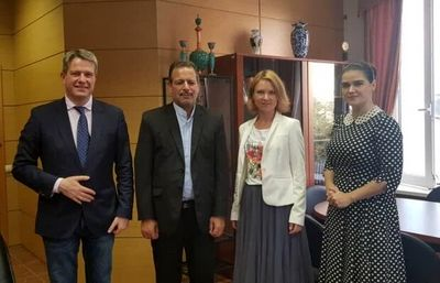 Iran, Russia Seek to Expand Cultural Ties