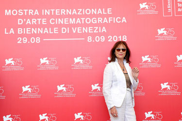 06 Jacqueline Bisset attends Magic Lantern photocall during the 75th Venice Film Festival