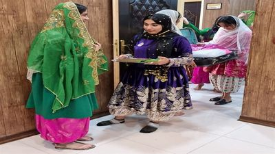 Bushehr traditional clothes documented for national registration