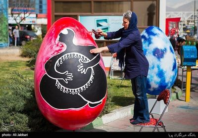 Colorful egg-shaped statues to add more taste to Nowruz