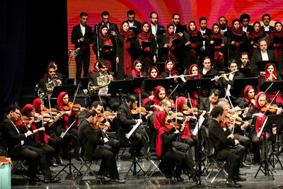 Fajr Music Festival Ends with Under Siege in Memory of Martyr Soleimani