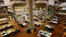 Reading halls of Iran's National Library closed amid surge in COVID cases