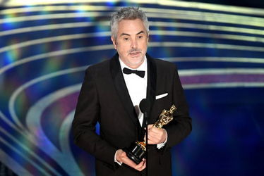 alfonso_cuaron__accepts_the_cinematography_award_for_roma_onstage_during_the_91st_annual_academy_awards-oscars_2019-getty-h_2019